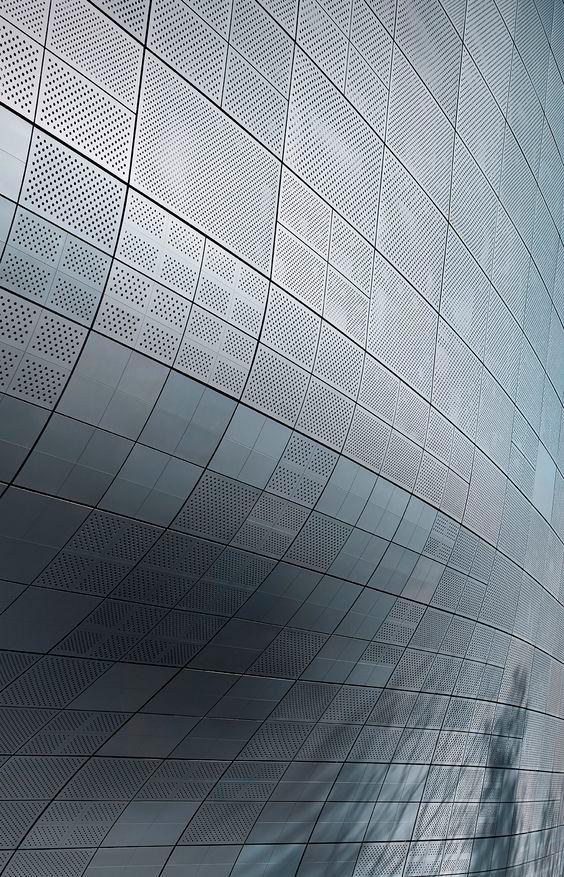 Zaha hadid lemanoosh for Parametric architecture zaha hadid