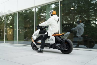 BMW Motorrad Definition CE 04 electric bike leManoosh Industrial design Blog