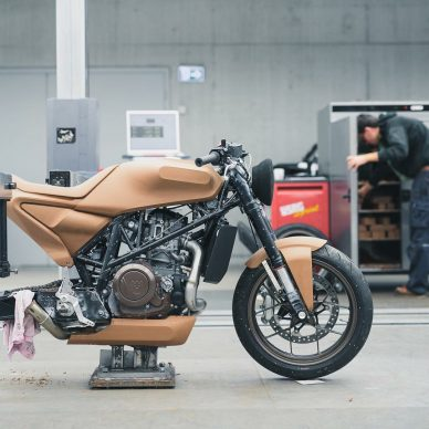 Husqvarna Kiska clay model mockup bike
