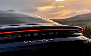 Porsche Taycan Turbo 2020
