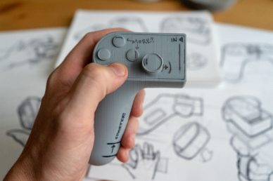 Split Controller Kevin Clarridge leManoosh Industrial design Blog