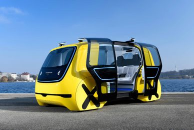 Volkswagen Sedric yellow School bus