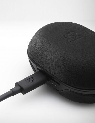 beoplay e8 headset box