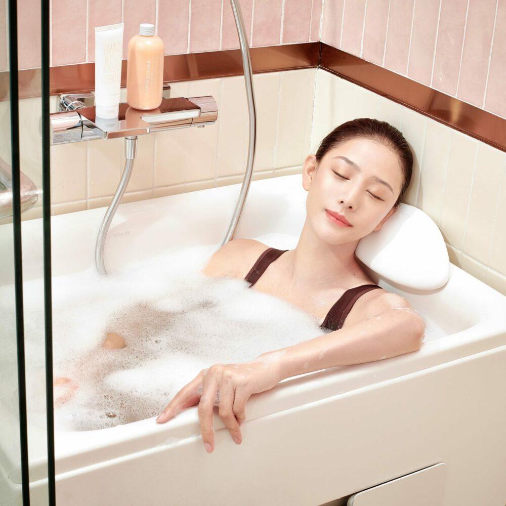 Bronze - Home - Flexispace Bathtub_01