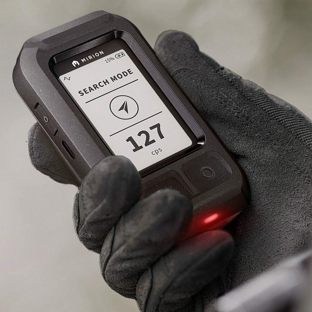 Silver - Commercial-Industrial - Mirion AccuRad Personal Radiation Detector_01