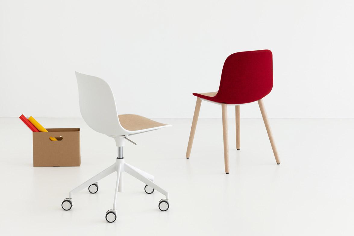 seela chair